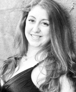 Sara MacKimmie, soprano